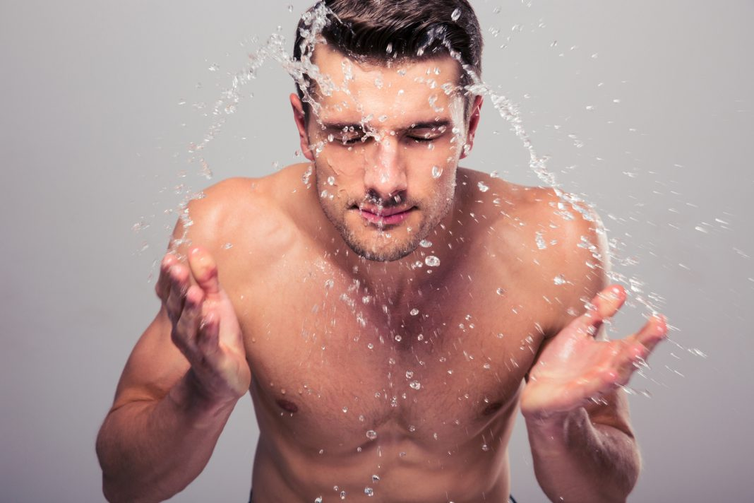 Tipps zur Gesichtspflege bei Männern