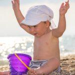 Sonnenbaden mit Babys und Kleinkindern