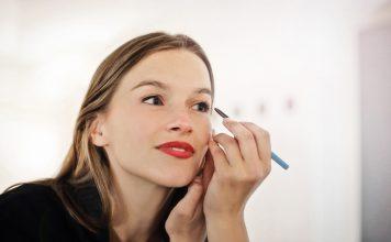 Business Make-Up