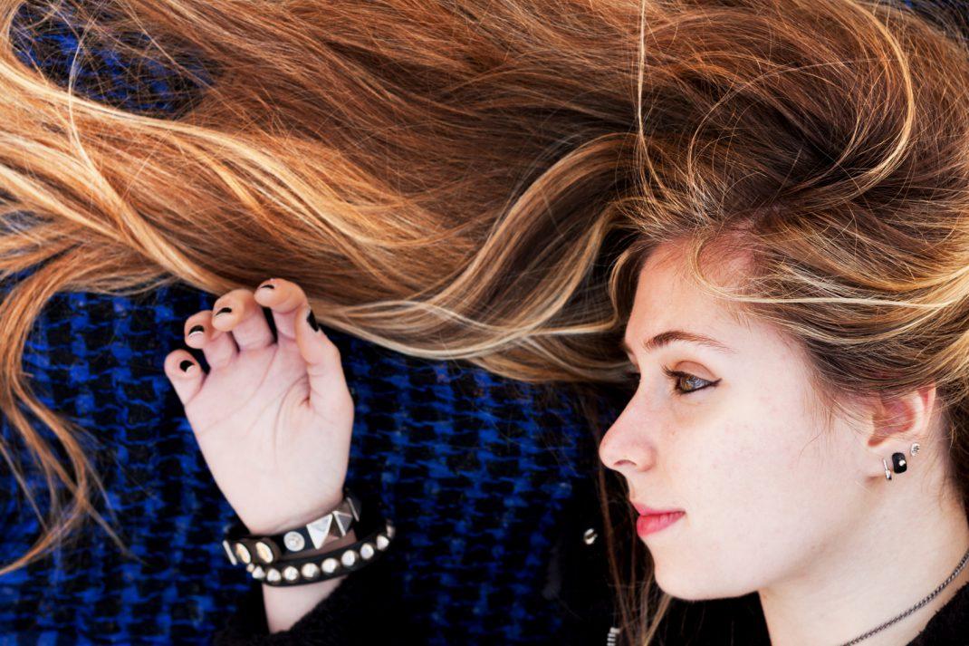 Blonde Strähnen selber machen