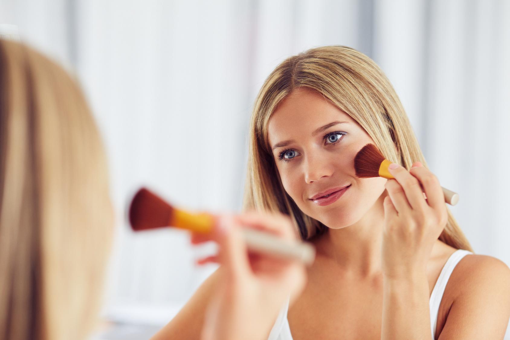 Make Up Bei Schuppiger Haut Richtig Verwenden