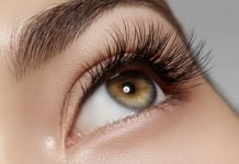 Panda-Augen vermeiden, wasserfeste Mascaras nutzen